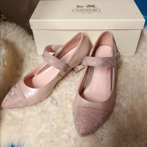 Pink leather Pumps Size 5.5 Like New